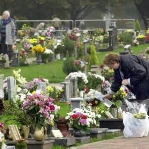 fiori dei morti el d 236 dei morti televignoletelevignole
