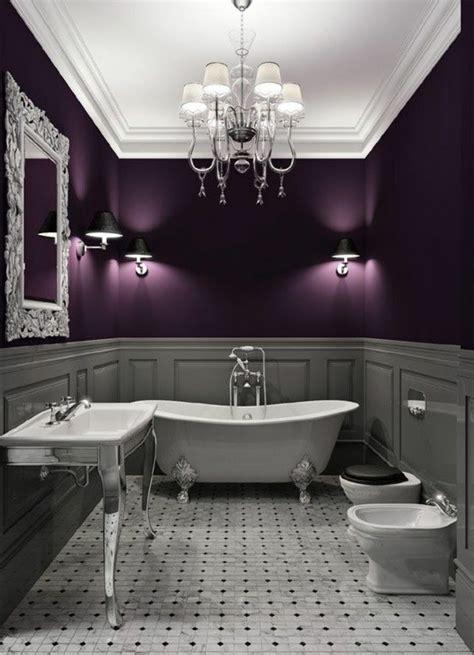 Normal  Pintura De Color Para Interiores #3: Salle-de-bain-gris-violet-nuancier-violet-plafond-blanc-meubles-salle-de-bain-chic.jpg