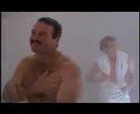 ace ventura pet detective bathroom scene ace ventura youtube
