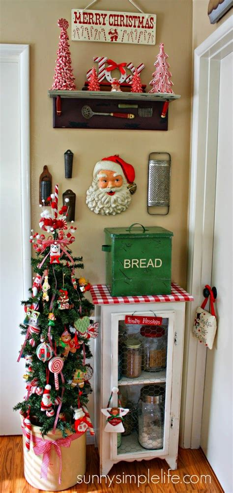 kitchen christmas tree ideas vintage kitchen christmas tree christmas pinterest