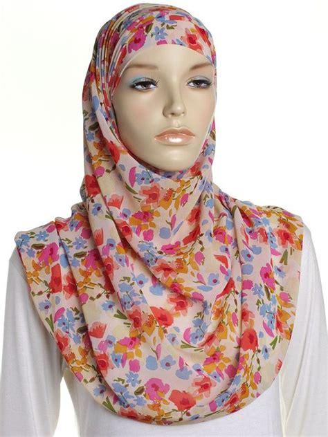 tutorial hijab chiffon ways to stylize chiffon hijab and scarf through tutorials