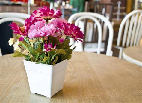 decorar interiores con flores decoraci 243 n con flores artificiales un estilo diferente vix