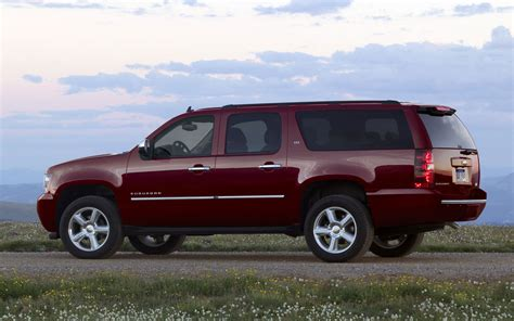 chevrolet suburban 2012 recall roundup 2011 gm suvs 2011 chevrolet colorado and