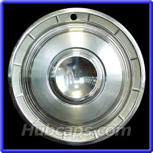 chrysler hubcaps used chrysler classic hubcap g4 1960