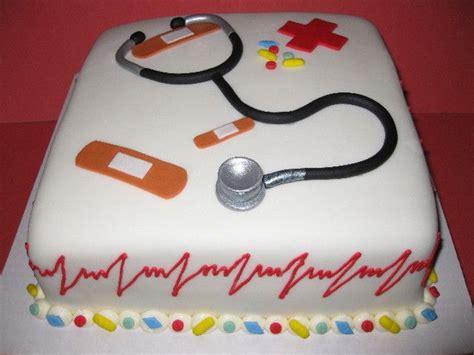 nurse themed cake delicious ideas   cake cake decorating doctor cake
