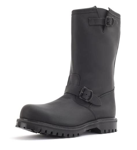engineer boot fully leather lined with steel toe in greasy