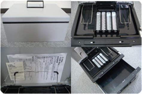 Box Carl Cb D8660 楽天市場 中古 carl カール事務器キャッシュボックス box 手提げ金庫 b5 cb d8660 ライトグレー 2ウェイオープンタイプ retake