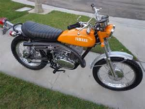 Restored yamaha dt2 250 1972 photographs at classic bikes restored