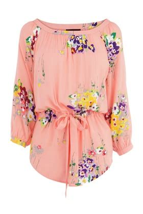 Tunic Blouse Girly Pastel add a hint of pastel to your wardrobe with this fab floral