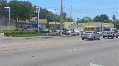 Northwest Herald Garage Sales dead in 7 eleven parking lot in northwest miami