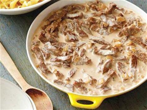 ina garten beef stroganoff beef stroganoff recipe paula deen food network