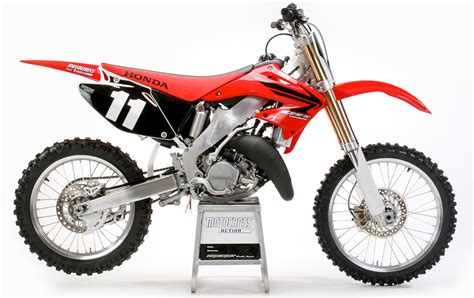 Two Stroke Tuesday 2007 Honda Cr125