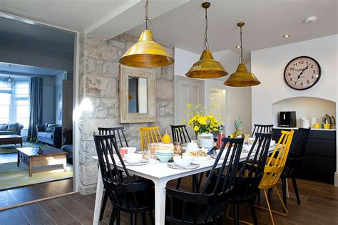 Wall For The Dining Room by 15 Gorgeous Dining Rooms With Walls