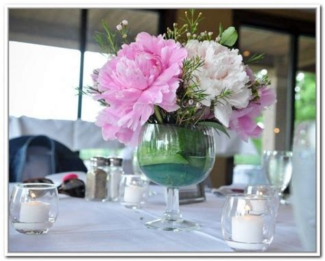 wine glass centerpiece ideas   Wine Glass Vases For