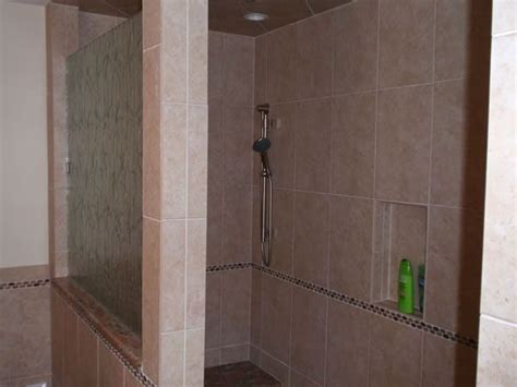 Refurbish Shower Stall by 1000 Ideas About Shower Stalls On Neo Angle
