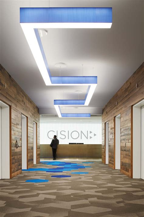 cisions stylish chicago headquarters