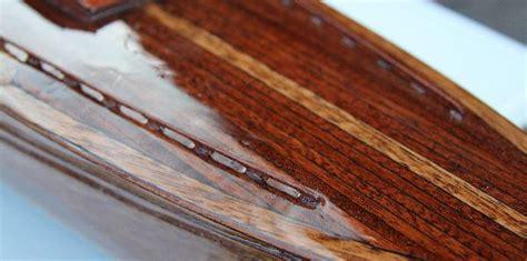 Holz Nach Dem Lackieren Polieren by Mahagoni Holz Furnier Richtig Lackieren Farbe Und