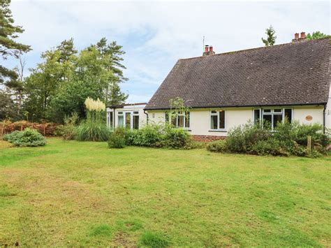 dorset cottage the rowans avon heath country park dorset and