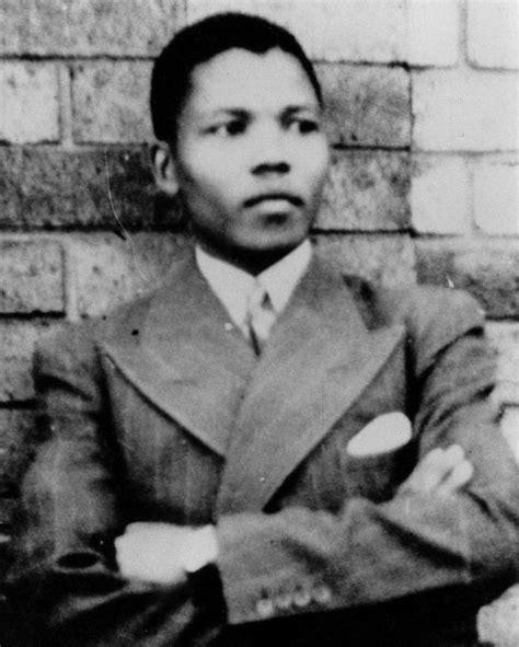 biography about nelson mandela leader icon mandela a short biography
