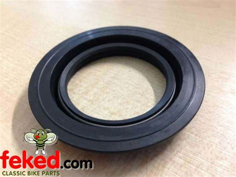 Seal Gearbox engine transmission gearbox seals gearbox seal bsa a7 a10 b31 b32 b33