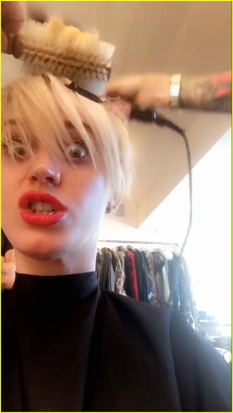 katy perry new hair cut katy perry s new haircut reminds us of miley cyrus
