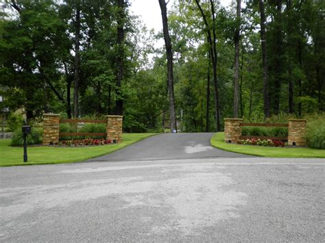 larson driveway entrance quality creative landscaping llc