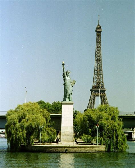 statue of liberty l 19 awesome conversation starters about france talk in french