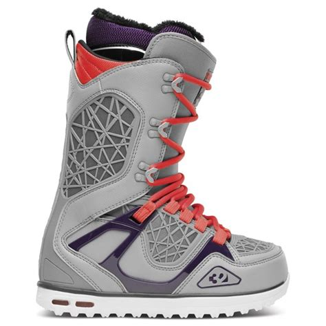 32 tm two snowboard boots s 2014 evo outlet