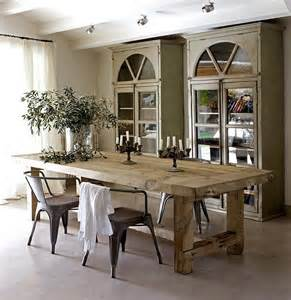 Rustic Dining Room Table Bring Scheme Into Home Decorations With Rustic