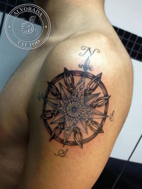 wind rose tattoo by j 233 ssica paix 227 o taguagens tattoos