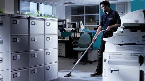 Office Services by 5 Reasons For Hiring Commercial Cleaning Services For