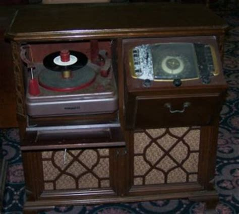 zenith record player cabinet zenith cabinet radio with record player 521979
