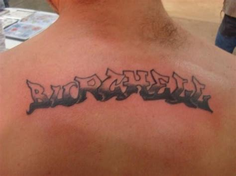 tattoo back name name tattoo on back image search results