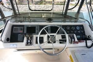 boat brokers oxnard ca 1990 wellcraft 3300 sport bridge power boat for sale www