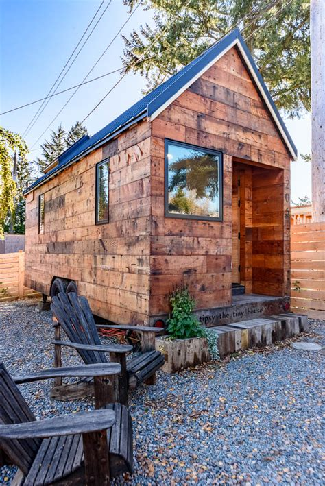 tiny house vacation home tipsy the tiny house you can rent in seattle