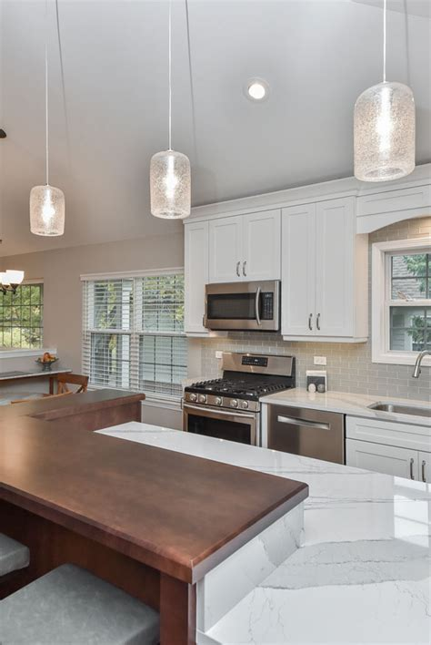 How To Choose Kitchen Lighting How To Choose The Right Kitchen Island Lights Home Remodeling Contractors Sebring Services