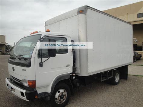 nissan box van 2007 nissan ud 1300 box truck