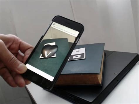 Creating Augmented Reality Business Cards