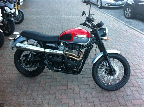 Motorcycle Dealers Guildford by Triumph Dealers Solent Guildford Destination Triumph