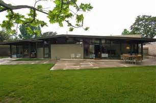 mid century homes plastolux keep it modern 187 mid century modern for sale