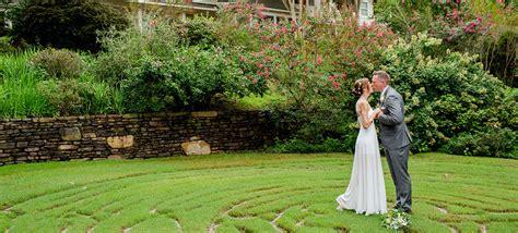 Wedding Venues Springs Ar by Lakefront Ceremonies At Our Luxury Springs Wedding Venue