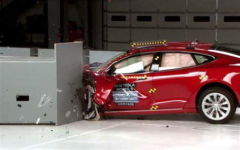 Tesla Electric Car Test Tesla Model S Bmw I3 Fall In Iihs Electric Car