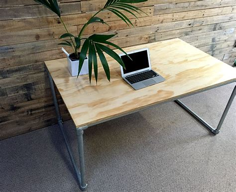 Plywood Desk Diy Diy Plywood Desk With Pipe Frame Plans To Build Your Own