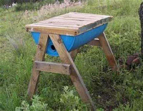top bar beehive plans mother earth news diy top bar hive modern homesteading mother earth news