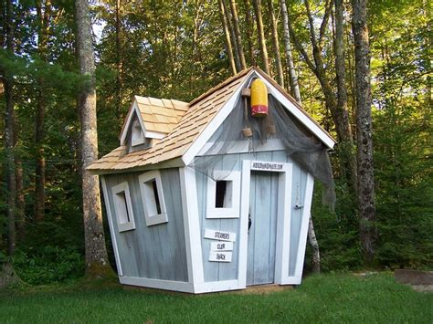 playhouse design how to build a crooked playhouse woodworking projects