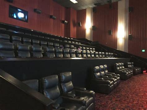 cinemark theatre detail century 14 northridge mall cinemark christiana and xd theater seating photo de