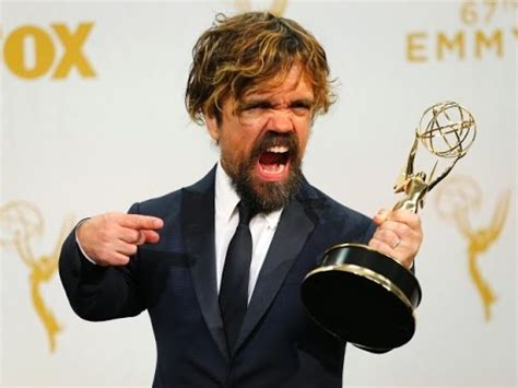 cast of game of thrones midget peter dinklage wins an emmy for game of thrones at the