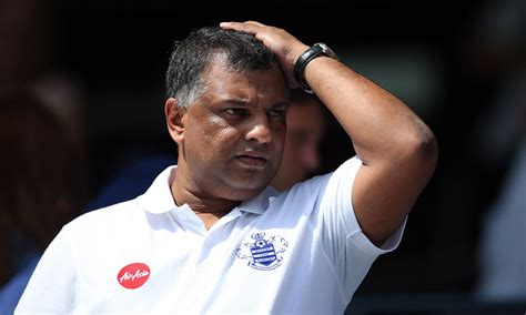 airasia owner tony fernandes insists qpr are not panicking daily mail