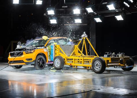 volvo xc promises high safety ratings dsfmy