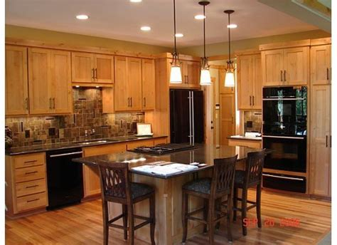 Relaminating Kitchen Countertops by 1000 Ideas About Honey Oak Cabinets On Oak